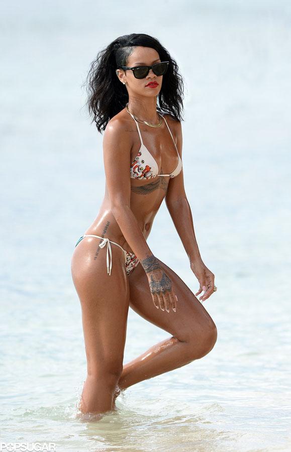 12-rihanna fit beach body