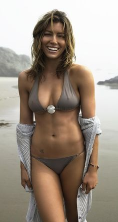 9-jessica-biel-bikini-body